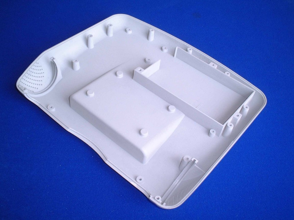 rear cover moulding